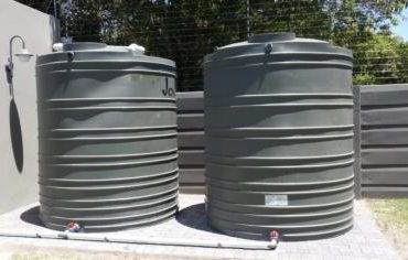 Jojo water storage tanks and water pressure pumps for sales