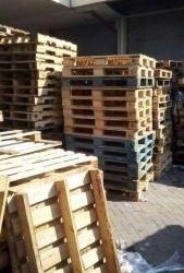 wooden pallets for sale @ R40 each, call Cairo 0629413358.