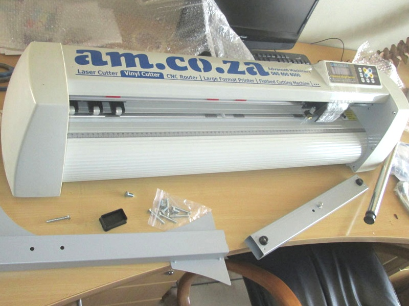 V-1360 V-Series High-Speed USB Vinyl Cutter, 1360mm Working Area Vinyl Cutter