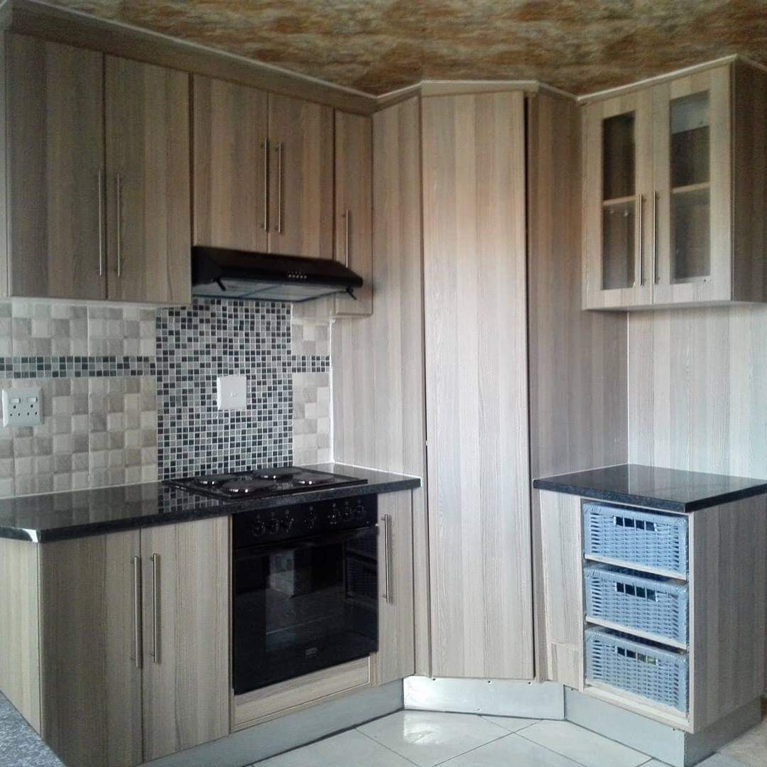 Kitchen Fitted Cupboards