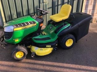 2017 John Deere X155R Ride On Tractor