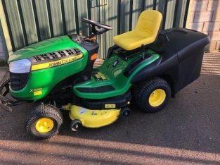2017 John Deere X155R Ride On Tractor