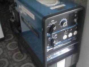 BOBCAT 225G Amp Multiprocess Industrial Welder