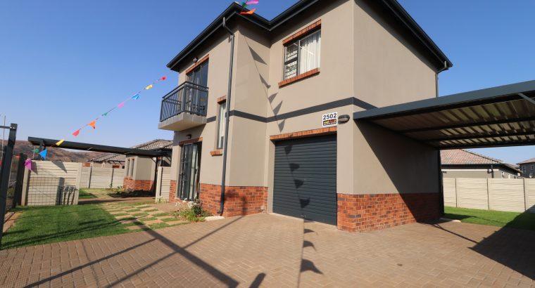 Prime property for sale at Westview security estat