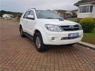 2007 Toyota Fortuner 3.0 D -4D Raised Body
