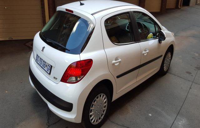 2011 Peugeot 207 1.4 VVT Active 5-door