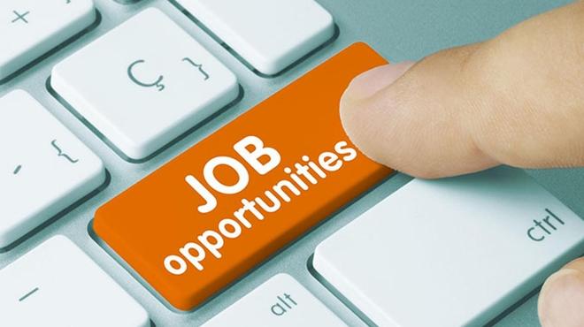 4 Administrators needed in Rosebank salary R5000