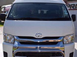 2017 Toyota Quantum 2.5D -4D GL 14 – Seater Bus