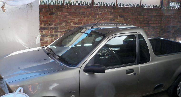 1/2 ton bakkie for small loads, scrap removal