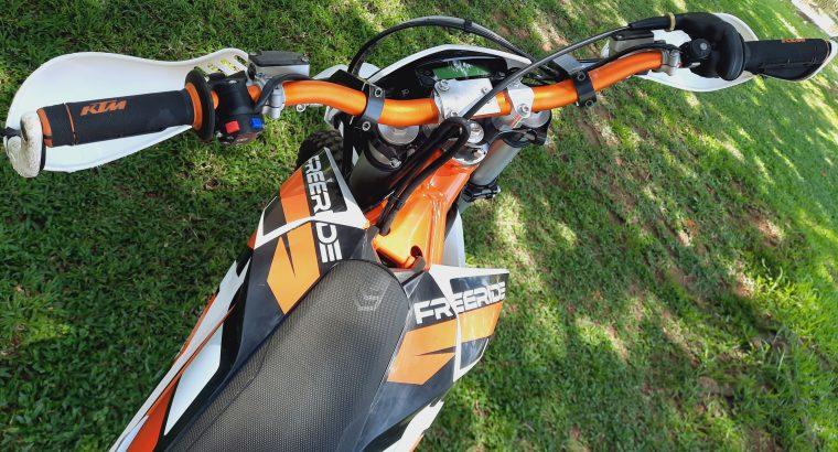 KTM 250R Free Ride