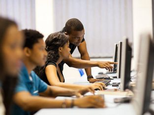 COMPUTER TRAINING IN NELSPRUIT,PLASCOM CENTRE.