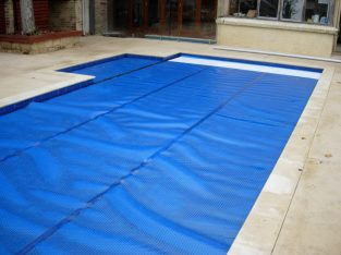 Swimming Pool Solar Blankets & Pool Covers.