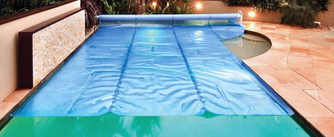 Swimming Pool Solar Blankets & Pool Covers