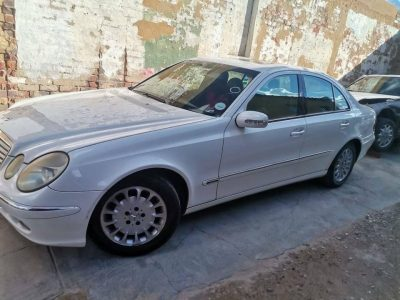 Mercedes W211 stripping 0780665167